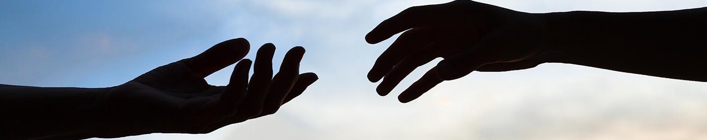 Yesus Mengulurkan Tangan-Nya